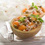 Hladna salata s rižom i dinjom