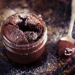čokoladni kolač iznenađenja