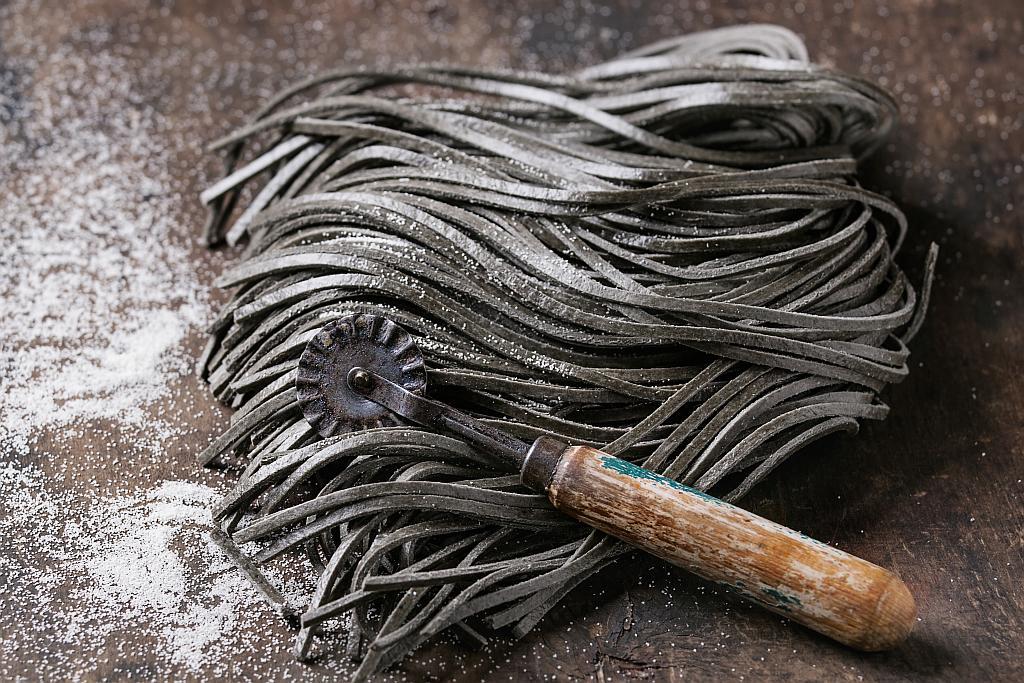 crna tjestenina